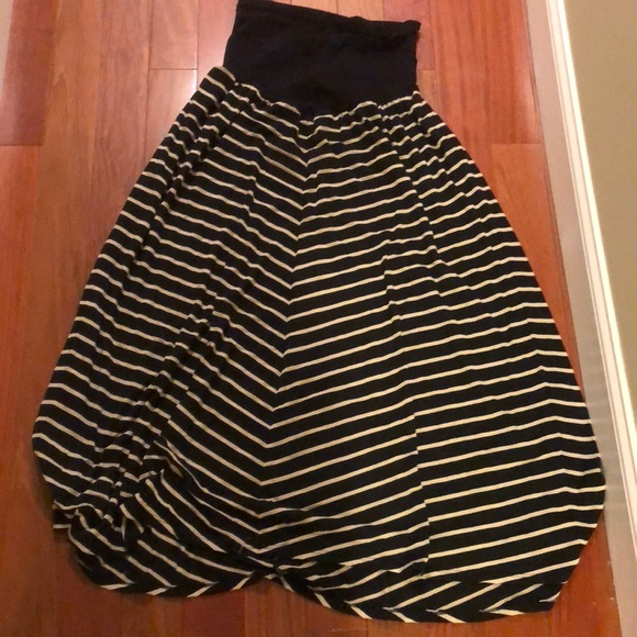 7450bdf8d729 Motherhood Maternity Skirts | Plus Size Maxi Skirt 2xl | Poshmark